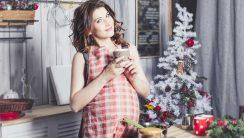 Święta w ciąży – co zjeść przy wigilijnym stole, a których potraw unikać