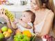 Owoce dla niemowlaka – które wybierać, których unikać?