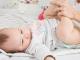 Temat nr 1 każdej młodej mamy – czyli o kupie niemowlęcia