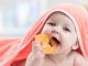 5 sposobów jak ulżyć ząbkującemu dziecku