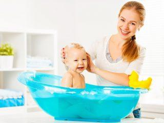 Jak oswajać niemowlę z wodą?