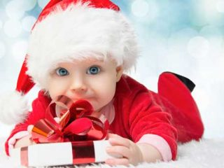 Co kupić niemowlęciu pod choinkę?
