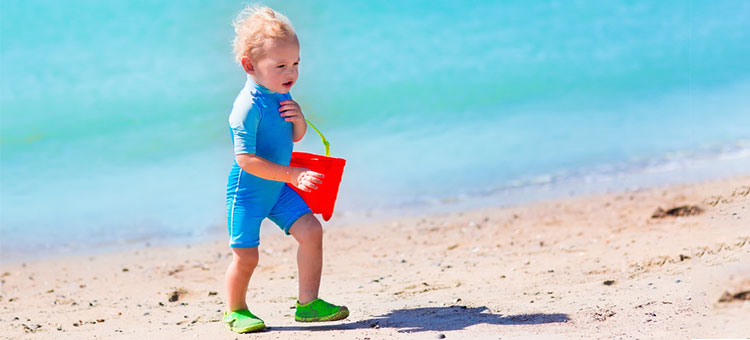 strój kąpielowy dla dziecka